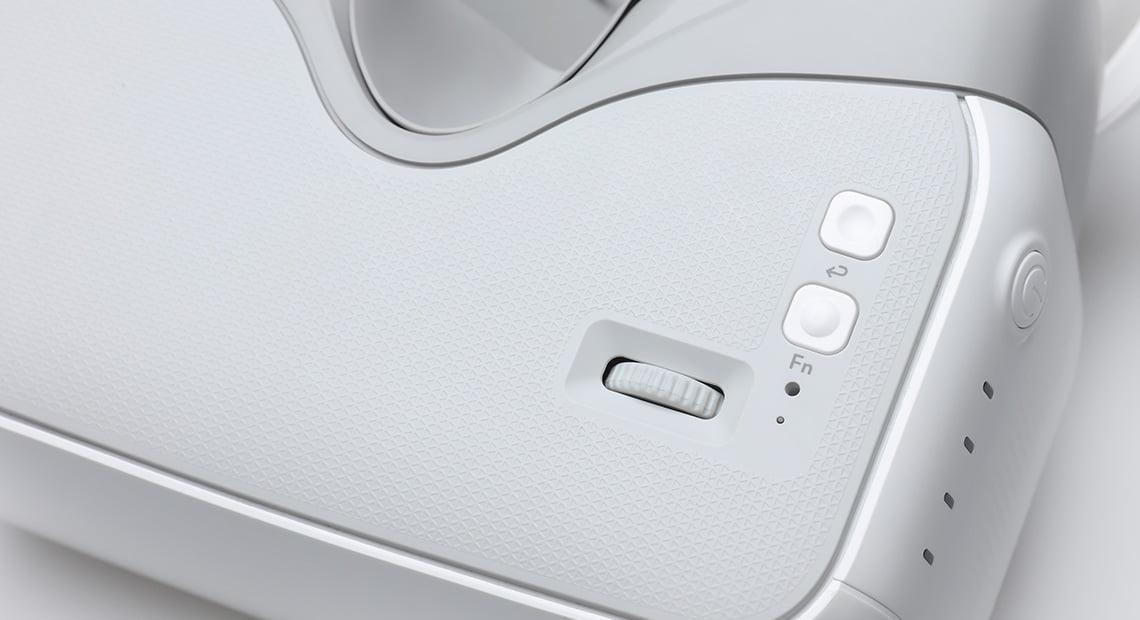 Сенсорная панель и функциональные кнопки